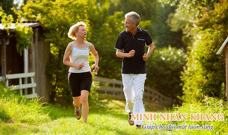 Người bệnh tăng nhãn áp cần luyện tập thể dục thường xuyên